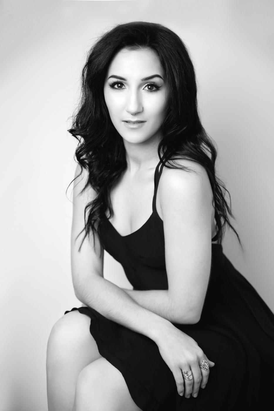 Jessica-Daniel-Engagement-Photo-Shoot-in-the-heart-of-Washington-DC-Ksenia-Pro-Photography-4