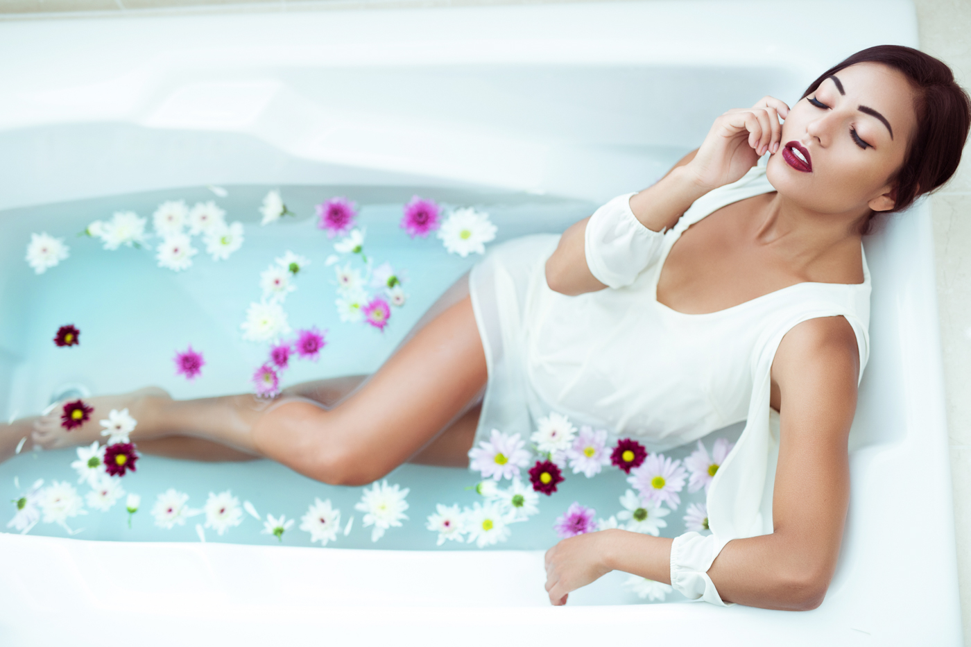 bathtub-photoshoot-at-my-studio-ksenia-pro-photography-2