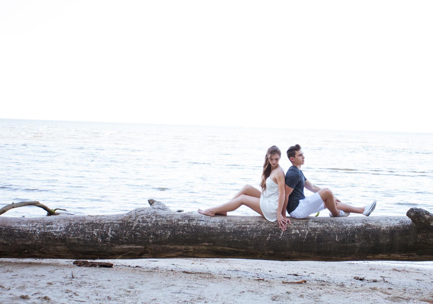 summer-beach-engagement-shoot-ksenia-pro-photography-38