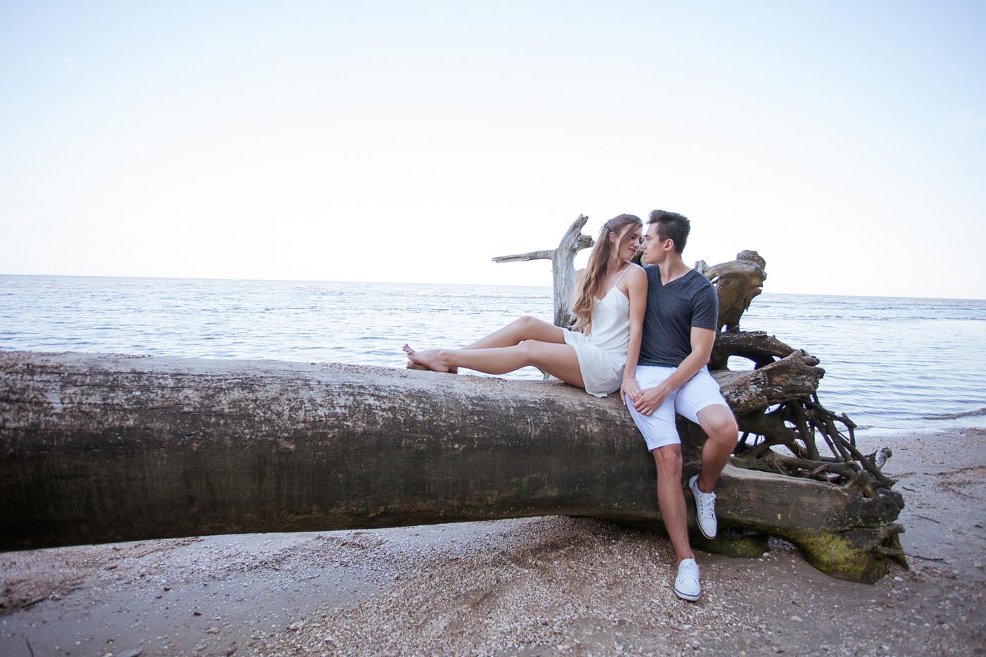 summer-beach-engagement-shoot-ksenia-pro-photography-53