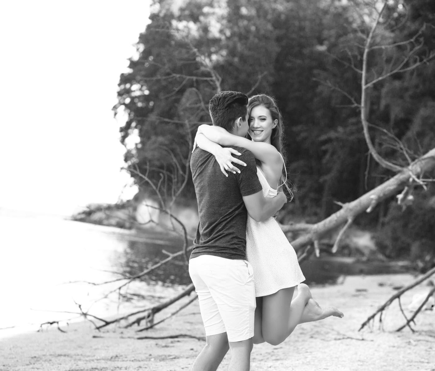summer-beach-engagement-shoot-ksenia-pro-photography-55