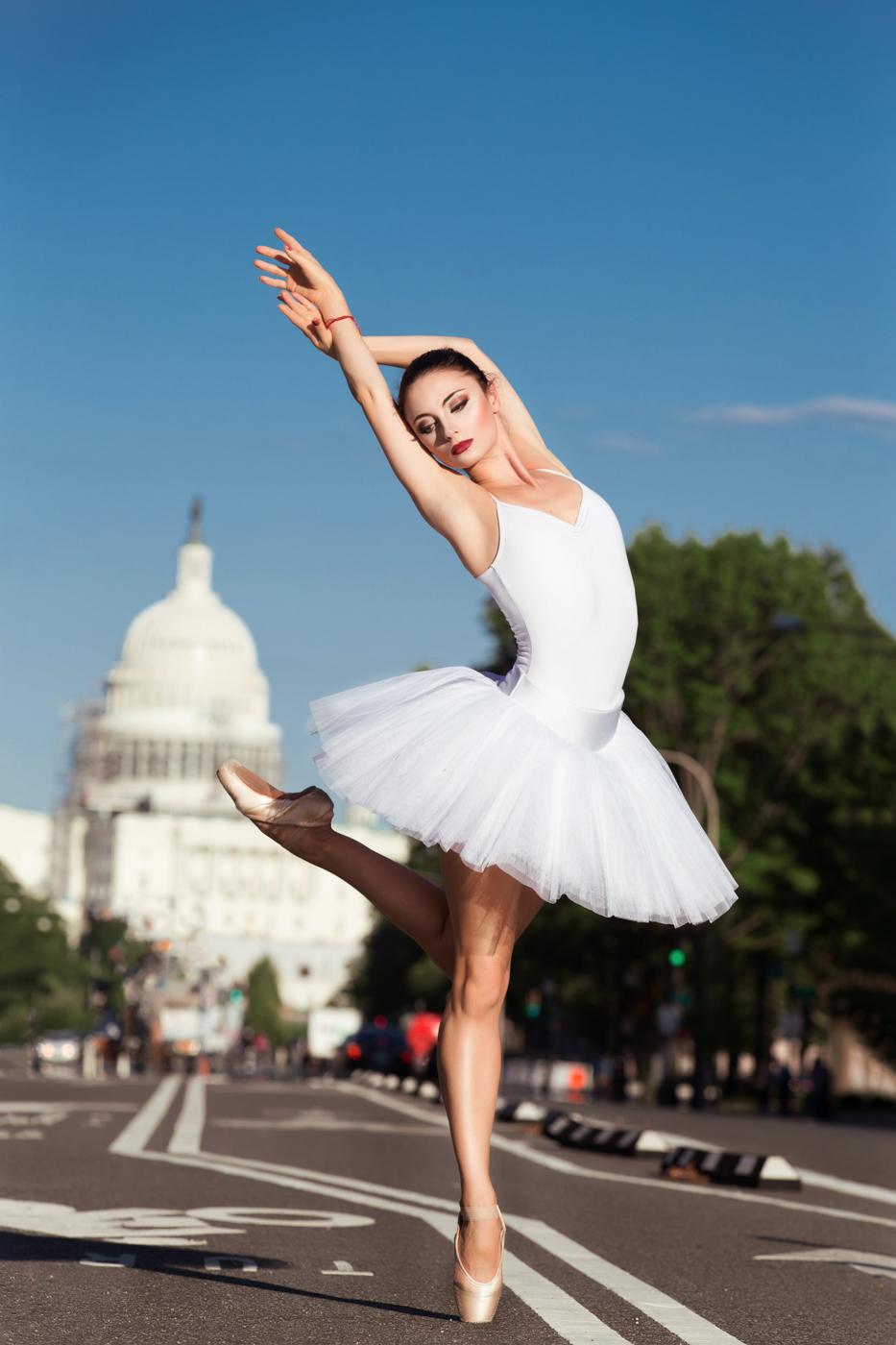 russian-ballet-dancer-on-the-street-of-washington-dc-ksenia-pro-photography-1