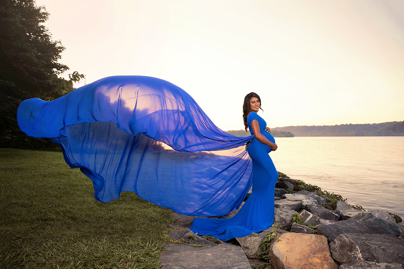 maternity-photo-shoot-gown