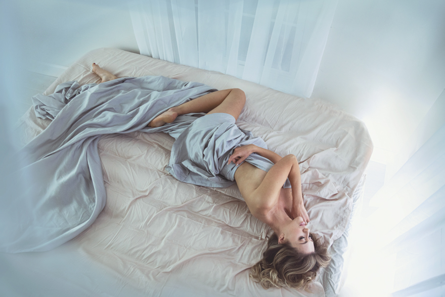 boudoir-photographer-studio-washington-dc-photographer-ksenia-pro-photography-boudoir-video-8